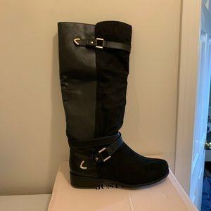 Shoes - Cute calf boots